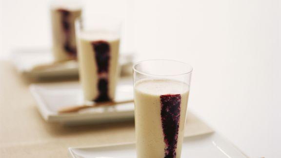Rezept: Birnenmilch mit Brombeere