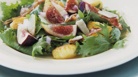 Rezept: Blattsalat mit Gnocchi und Feigen