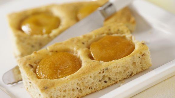 Rezept: Blechkuchen mit Pfirsichen