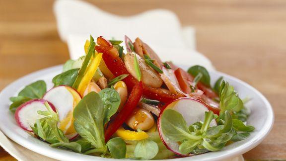 Rezept: Bohnen-Feldsalat mit Gemüse