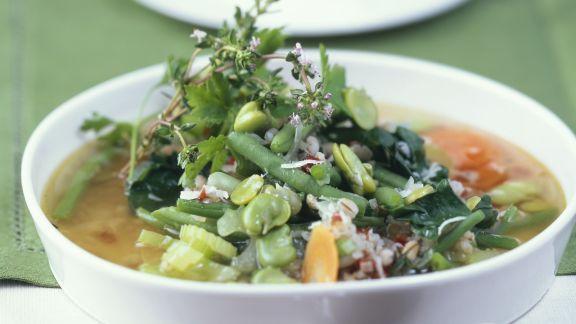 Rezept: Bohnen-Gerste-Suppe mit Thymian