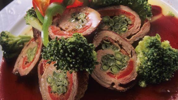 Rezept: Bohnen-Kalbsrouladen mit Brokkoli
