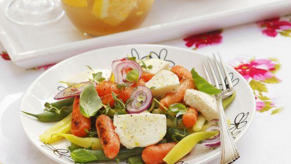 bohnen karotten salat mit mozzarella rezept eat smarter. Black Bedroom Furniture Sets. Home Design Ideas