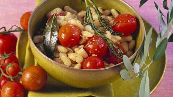 Rezept: Bohnen mit Rosmarin und Tomaten