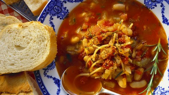 Rezept: Bohnen-Tomatensuppe