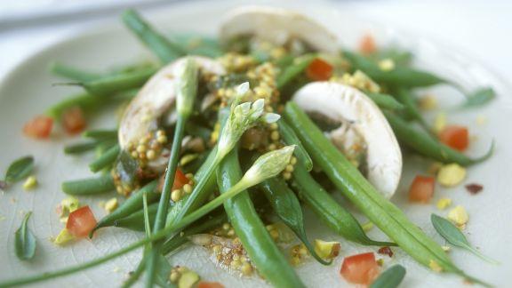 Rezept: Bohnensalat mit Champignons und Senfdressing
