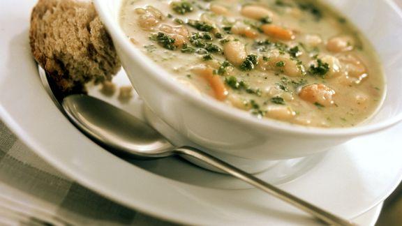 Rezept: Bohnensuppe mit Kartoffel