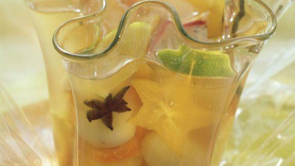 Rezept: Bowle mit tropischem Obst