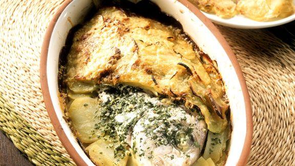 Rezept: Brasse in Kartoffeln gebacken