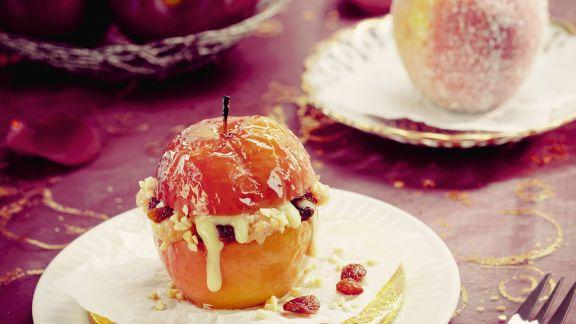 Rezept: Bratapfel mit Marzipanfüllung