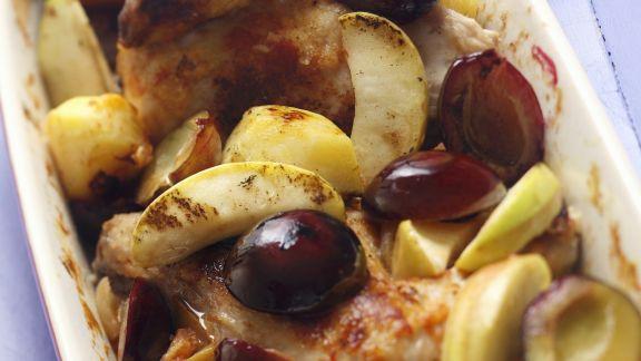 Rezept: Brathähnchen mit Äpfeln und Pflaumen