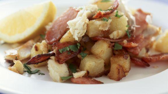 Rezept: Bratkartoffeln mit geräuchertem Fisch