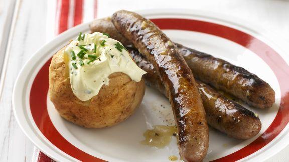 Rezept: Bratwurst mit Honig glasiert dazu Ofenkartoffel