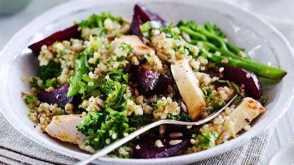 brokkoli quinoa salat mit rote bete und h hnchenbrust rezept eat smarter. Black Bedroom Furniture Sets. Home Design Ideas