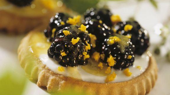 Rezept: Brombeer-Orangen-Tarteletts