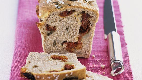 Rezept: Brot mit Tomaten und Rosmarin