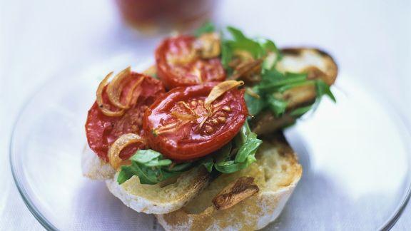 Rezept: Bruschetta mit Tomaten und Rucola