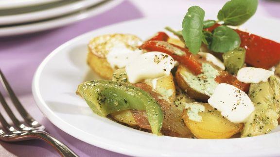 Rezept: Bunte Kartoffel-Gemüse-Pfanne