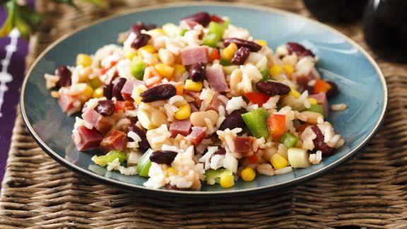 Rezept: Bunter Reissalat mit Schinken