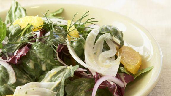 Rezept: Bunter Salat mit Orange