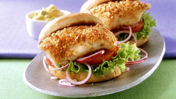 Rezept: Burger mit Fisch und Curry-Mayonnaise
