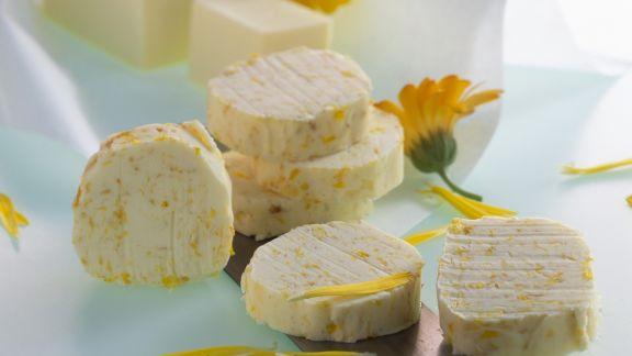 Rezept: Butter mit Ringelblumen