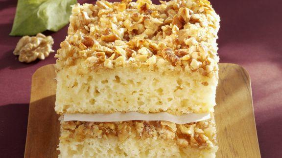 Rezept: Buttermilch-Walnuss-Kuchen
