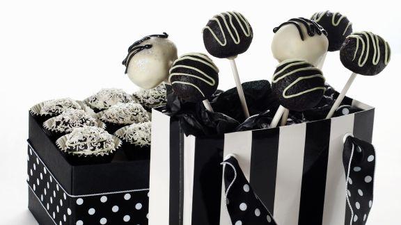 Rezept: Cake Pops in schwarz und weiß