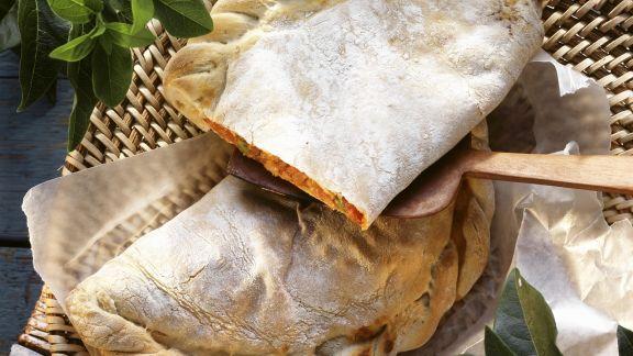 Rezept: Calzone mit Schinken und Mozzarella