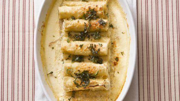 Rezept: Cannelloni gefüllt mit Rucola-Ricotta und Krabbenfleisch