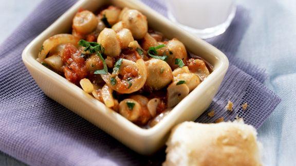 Rezept: Champignons mit Tomatensoße