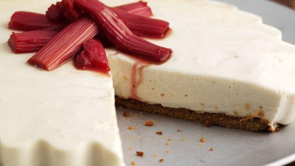 Rezept: Cheesecake mit Rhabarber