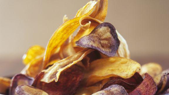 Rezept: Chips aus verschiedenem Gemüse