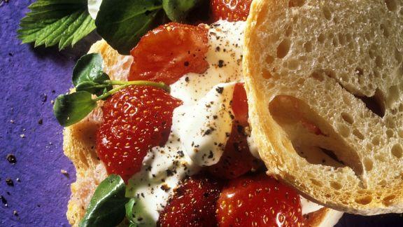 Rezept: Ciabatta mit Erdbeeren