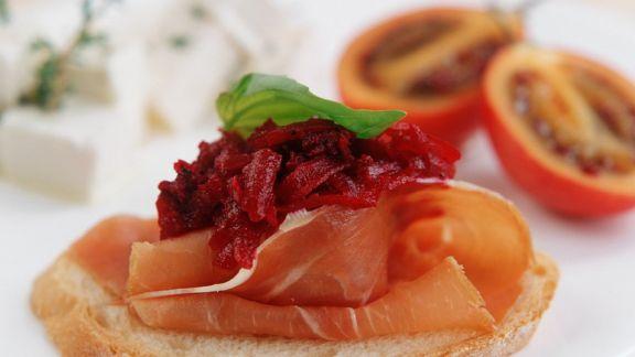 Rezept: Ciabatta mit Schinken und Rote Bete