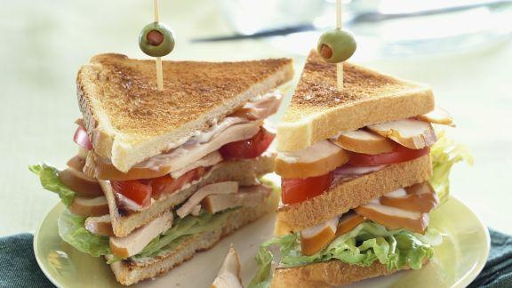 Rezept: Clubsandwich mit Hähnchenfilet