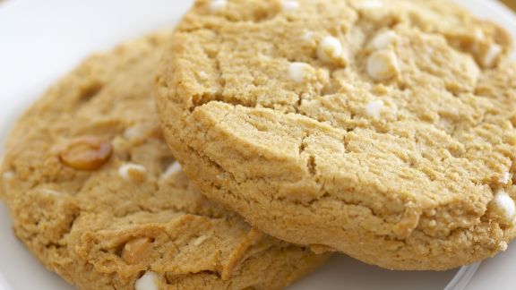 Rezept: Cookies mit weißen Schokostückchen