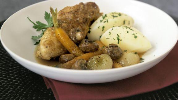 Rezept: Coq au vin mit Karotten und Kartoffeln