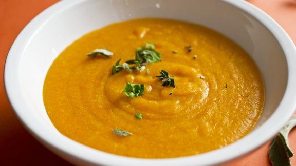 Rezept: Cremige Karottensuppe