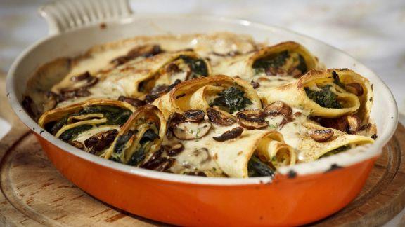 Rezept: Crêpe mit Spinat und Pilzen gefüllt