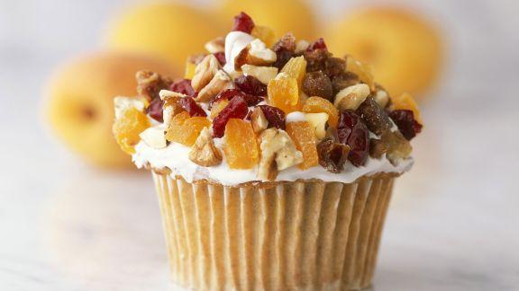 Rezept: Cupcake mit Nüssen und Trockenobst