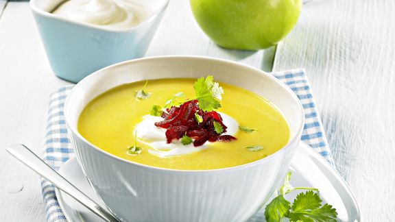 Rezept: Curry-Apfel-Suppe