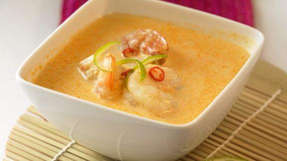 Rezept: Curry-Kokossuppe mit Garnelen