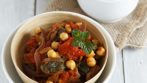 Rezept: Curry mit Seitan, Kichererbsen und Tomaten