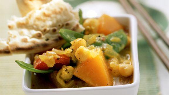 Rezept: Currygemüse mit Fladenbrot