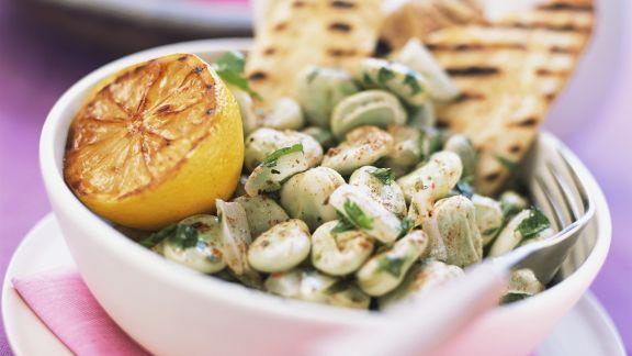 Rezept: Dicke Bohnensalat mit Zitrone dazu Fladenbrot