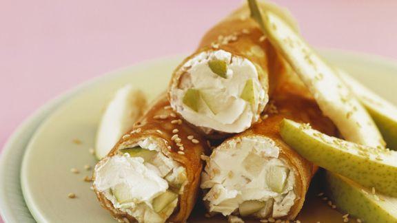 Rezept: Dinkelpfannkuchen mit Birnen und Frischkäse