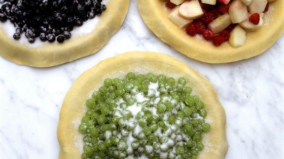Rezept: Drei verschiedene Beerenpizzen