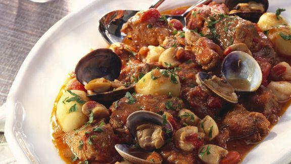 Rezept: Eintopf mit Muscheln und Schwein auf portugiesische Art