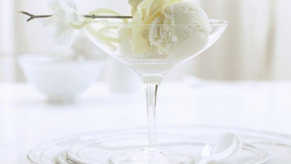 Rezept: Eis aus weißer Schokolade
